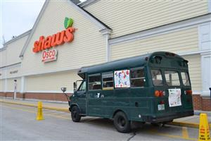 Stuff a bus at Shaws